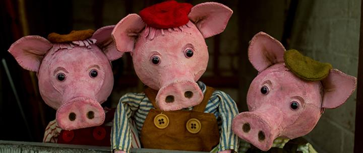 3 LITTLE PIG TAILS 24
